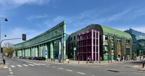 Budynek Biblioteki Uniwersyteckiej w Warszawie