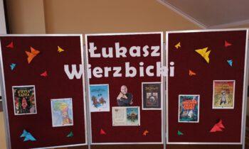 Spotkanie z Łukaszem Wierzbickim w Szkole Podstawowej nr 2 w Komornikach